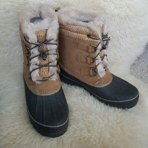Lands End Brand New Alpine Duck Boots